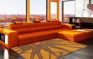 Беспроигрышные сочетания оранжевого дивана с интерьерными стилями