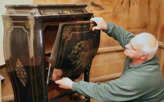 Как реставрируют антикварную мебель, полезные советы