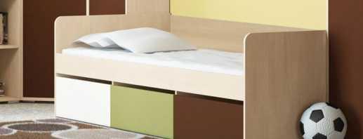 Варианты односпальных кроватей с ящиками, их преимущества и недостатки