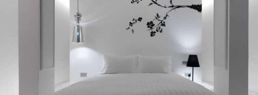 Особенности больших кроватей, нюансы выбора мебели для полных людей
