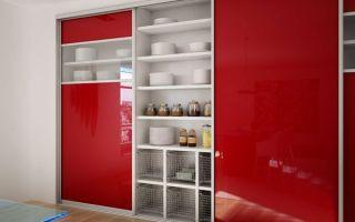 Обзор стильных шкафов купе на кухню, и их особенности