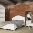 Отличительные особенности классических детских кроватей, размещение в интерьере