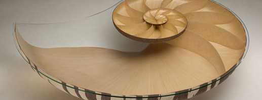 Уникальные дизайнерские столы, необычные материалы и функции
