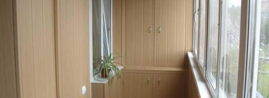 Особенности выбора встроенных шкафов для балкона, существующие варианты