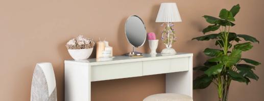 Варианты размеров туалетного столика, модели для маленьких комнат