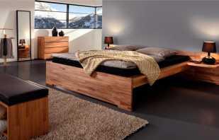 Плюсы деревянной двуспальной кровати, особенности дизайна и размеры