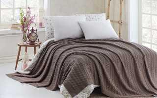Изготовление вязаных покрывал на кровать спицами и крючком