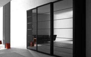 Особенности черных шкафов купе, советы по выбору