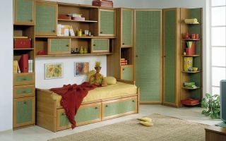 Особенности выбора мебели в детскую комнату мальчика