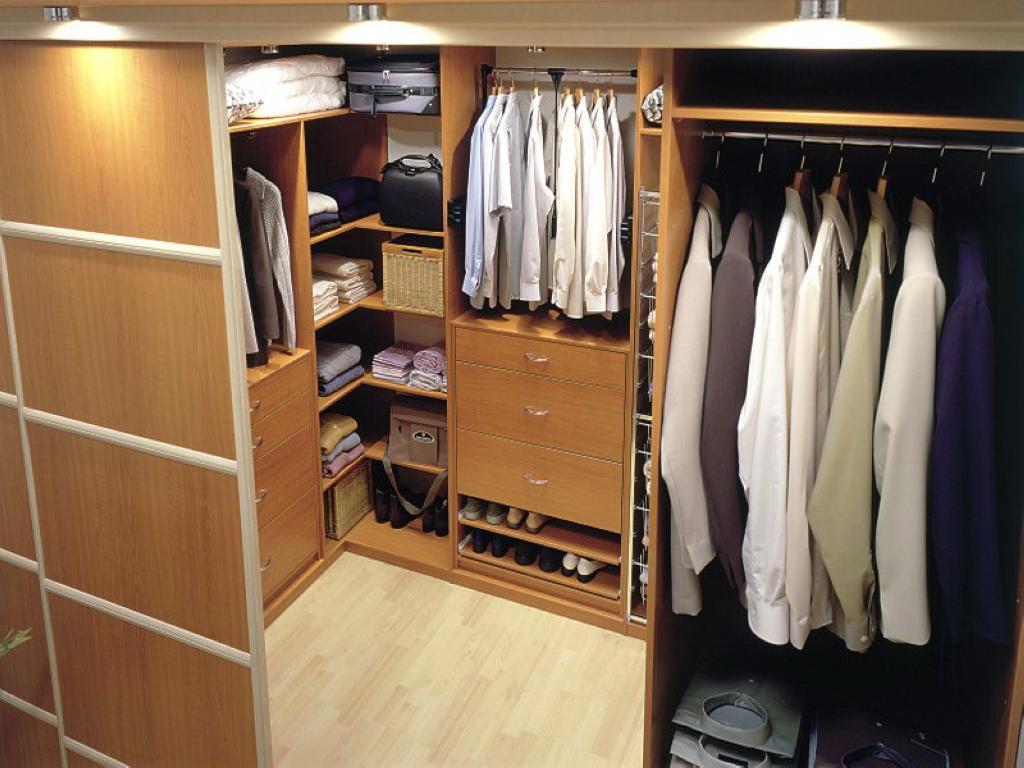 Гардеробные шкафы - комфорт, помноженный на удобство