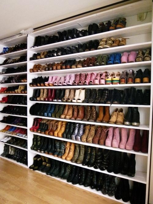 Обувные полки в гардеробной