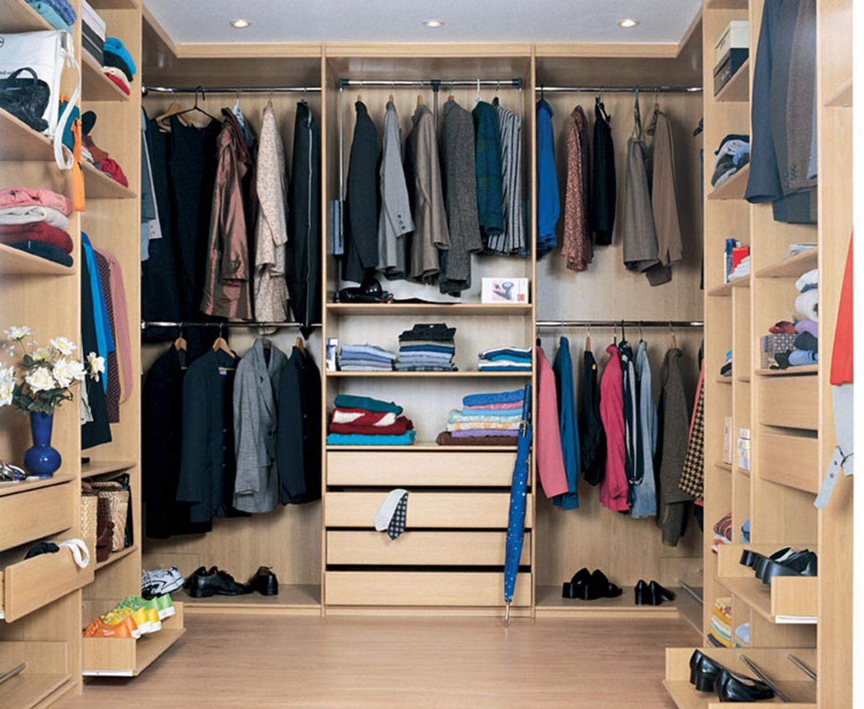 Простые идеи для гардеробной в современной квартире