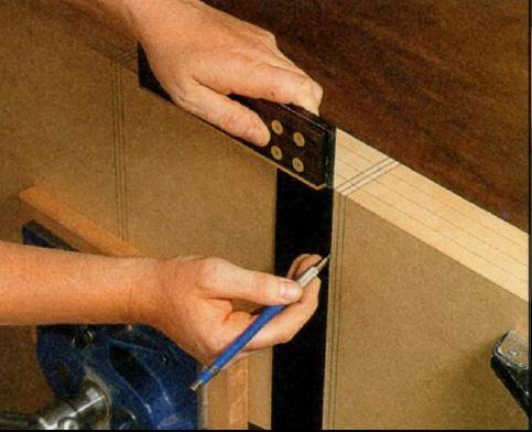 Размечаем деревянную доску