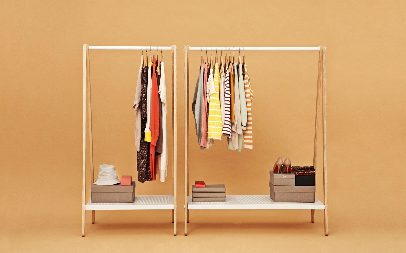 Вешалка для просторной гардеробной
