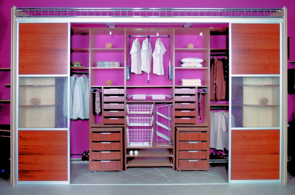 Гардеробная в спальне, как организовать и правильно оформить.