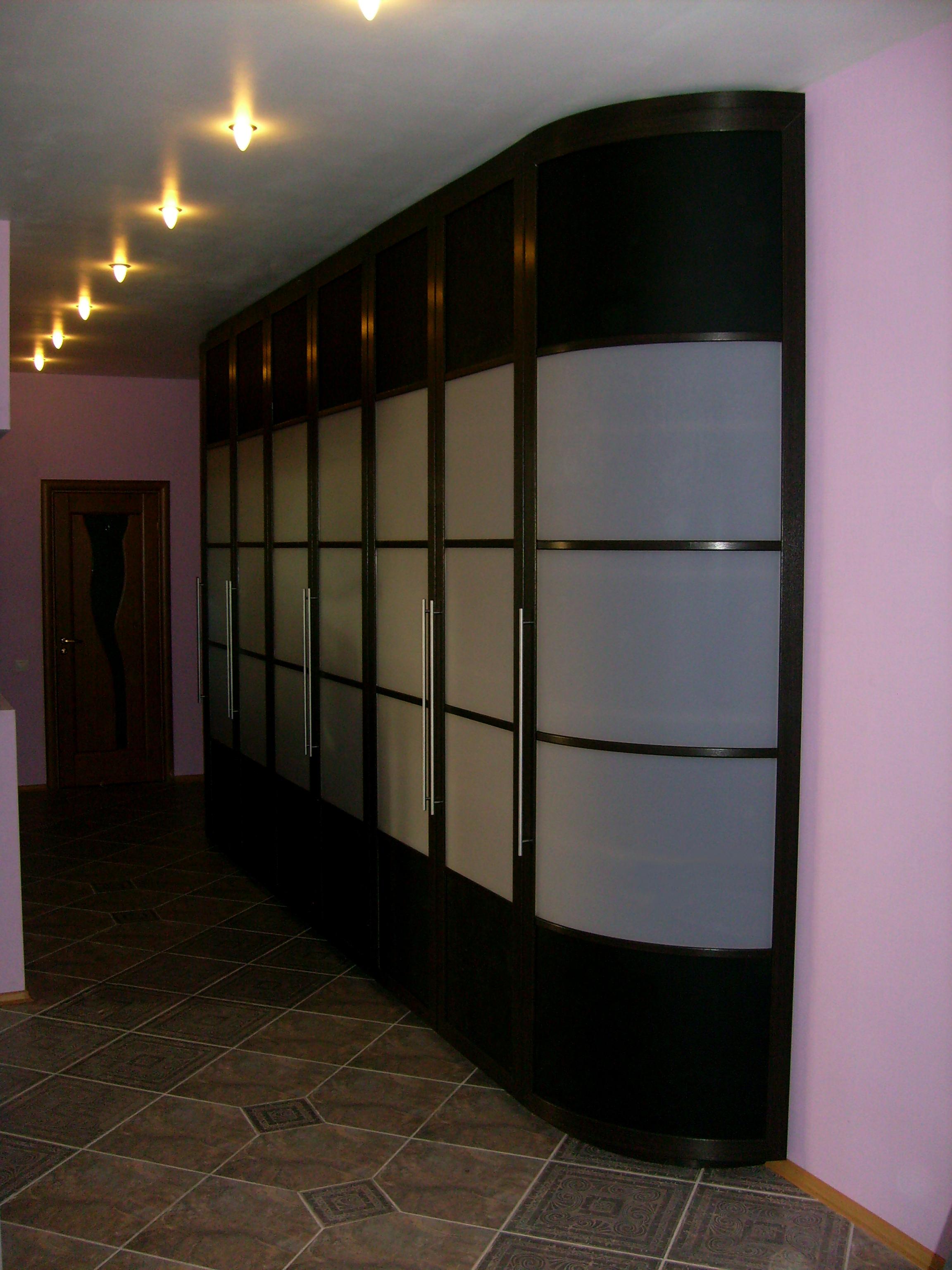 Встроенные и корпусные шкафы купе