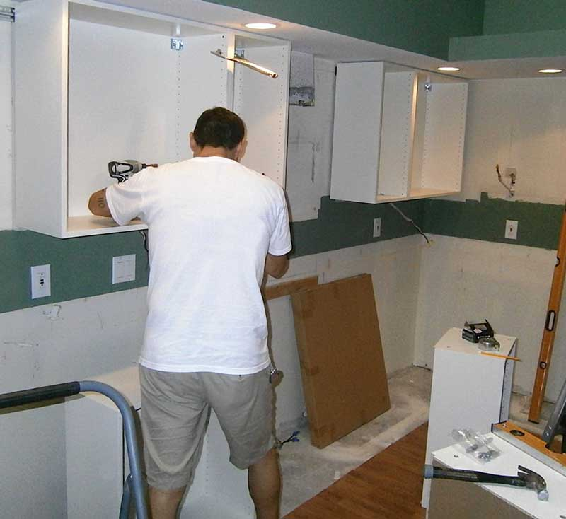 Быстрая установка кухонного гарнитура