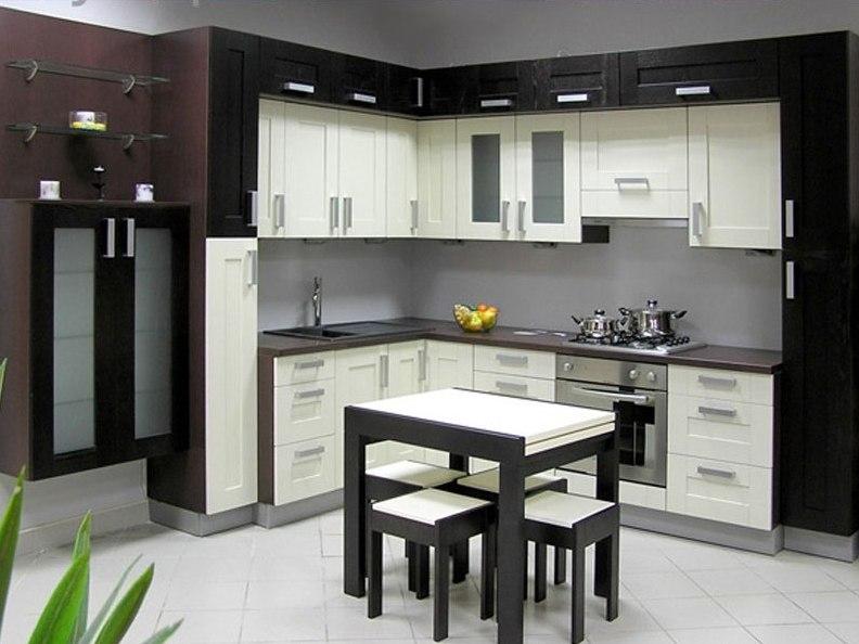 Черно-белая модульная мебель для кухни