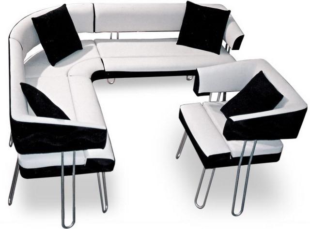 Черно-белая мягкая мебель в кухню