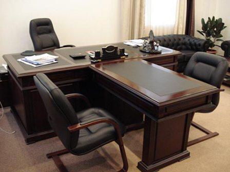 Деревянная мебель для руководителя