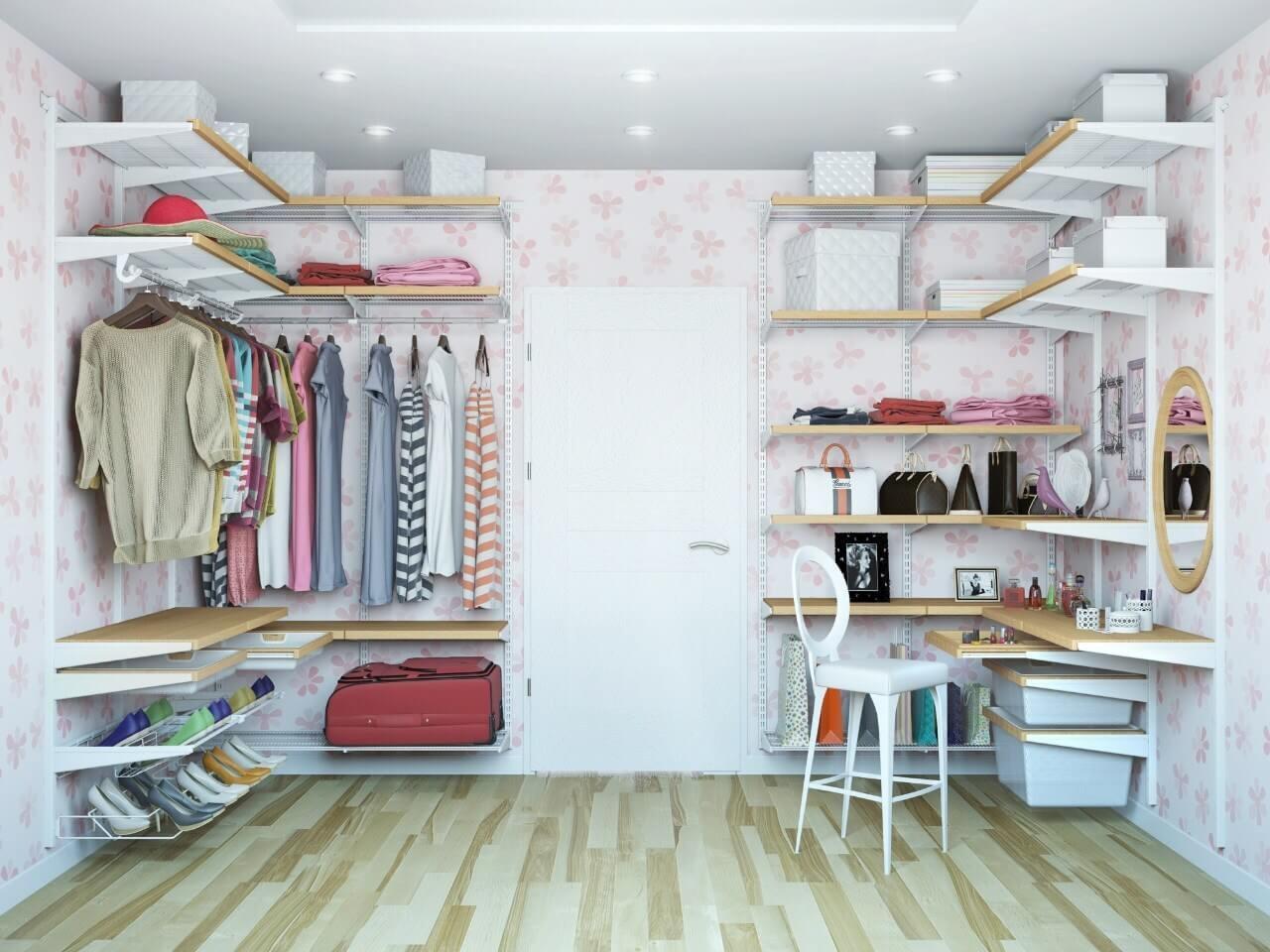 Деревянная сетчатая гардеробная комната