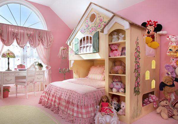 Детская комната с домиком