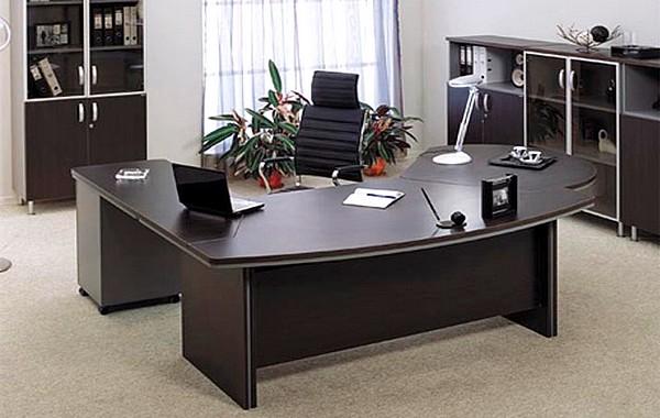 Дорогая мебель для руководителя
