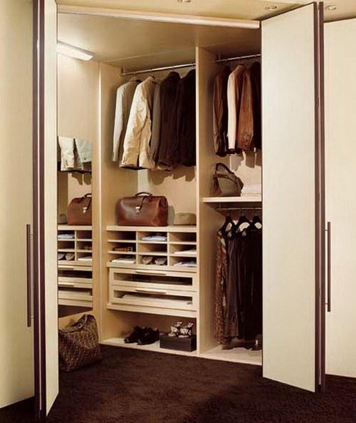 Двери гармошка у гардеробной