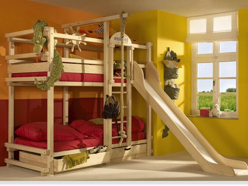 Двухэтажная мебель для двух детей