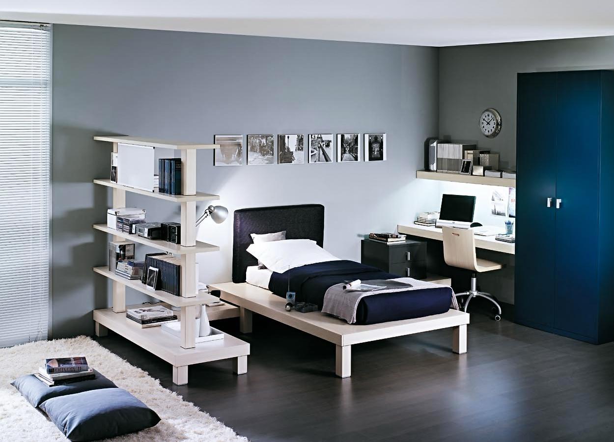 Функциальная детская белая мебель в интерьере