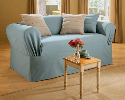 Голубые безразмерные чехлы на мебель