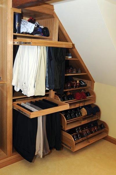 Идеи гардеробной мебели для мансарды