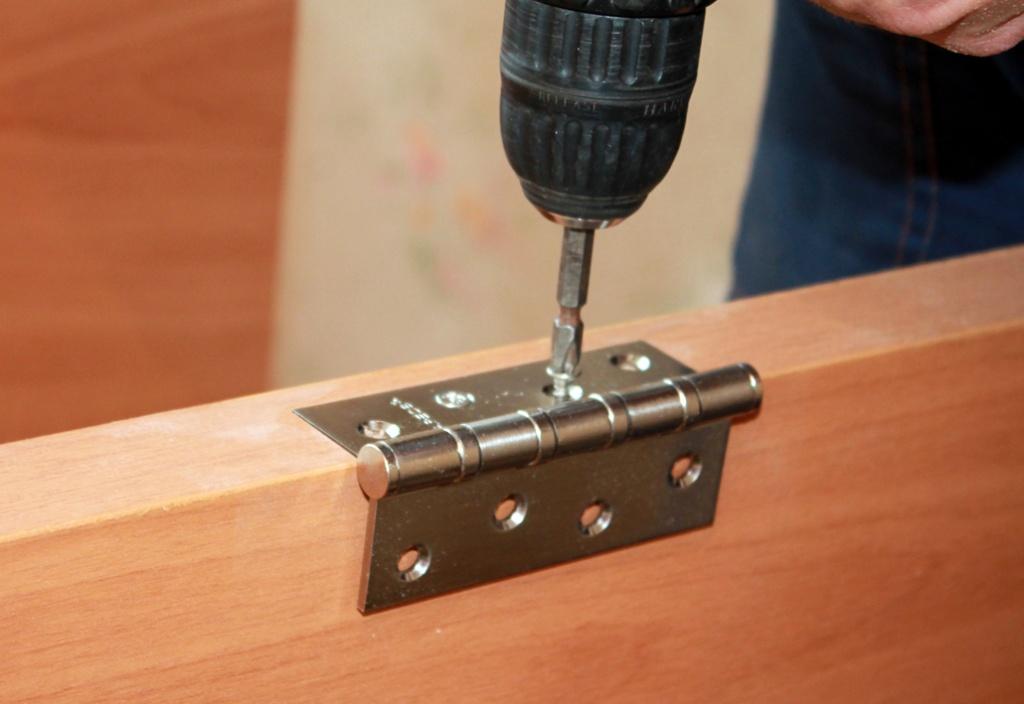 Инструменты для монтажа петель
