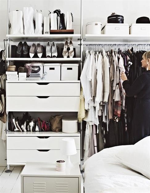 Как обустроит современные гардероб на 4 кв.м