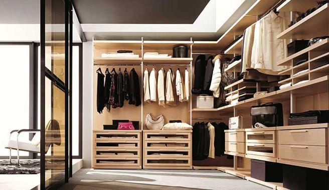 Как правильно оформить 4 кв.м гардероба