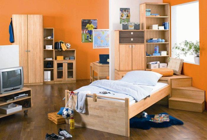 Как выбрать детскую мебель из деревянного массива