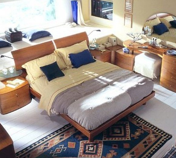 Как выбрать расположение мебели в спальной комнате