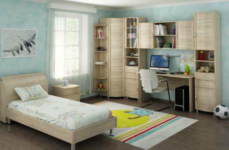 Как выглядит асимметричное расположение мебели в спальне
