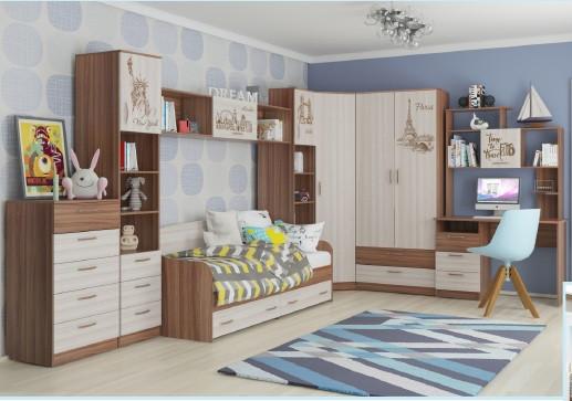 Классический набор детской мебели