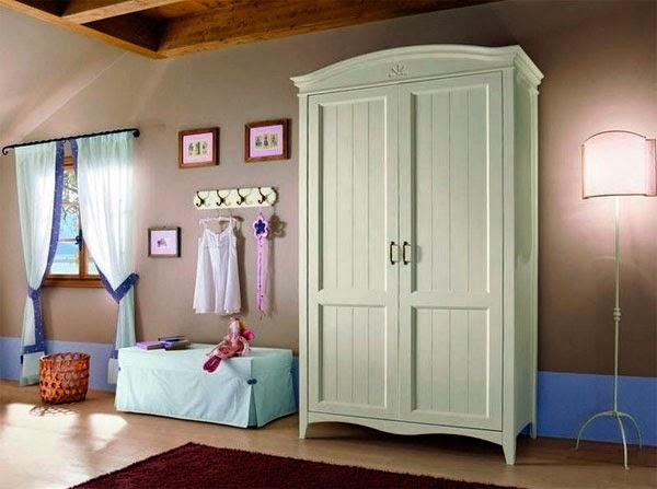 Комната с привлекательным изящным интерьером