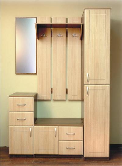 Компактная мебель в узкий коридор