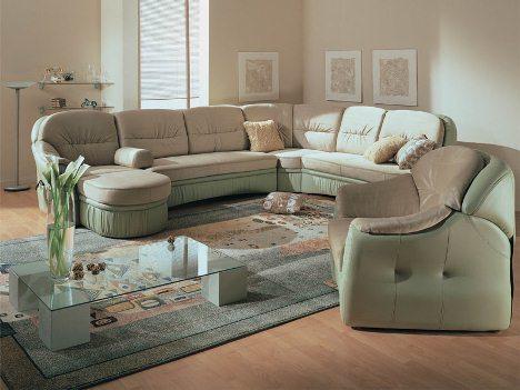 Компактная мягкая мебель для гостиной