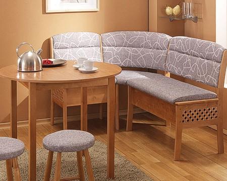 Компактная мягкая мебель в кухню
