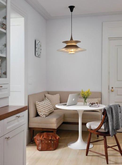 Компактные диваны с секциями для кухни