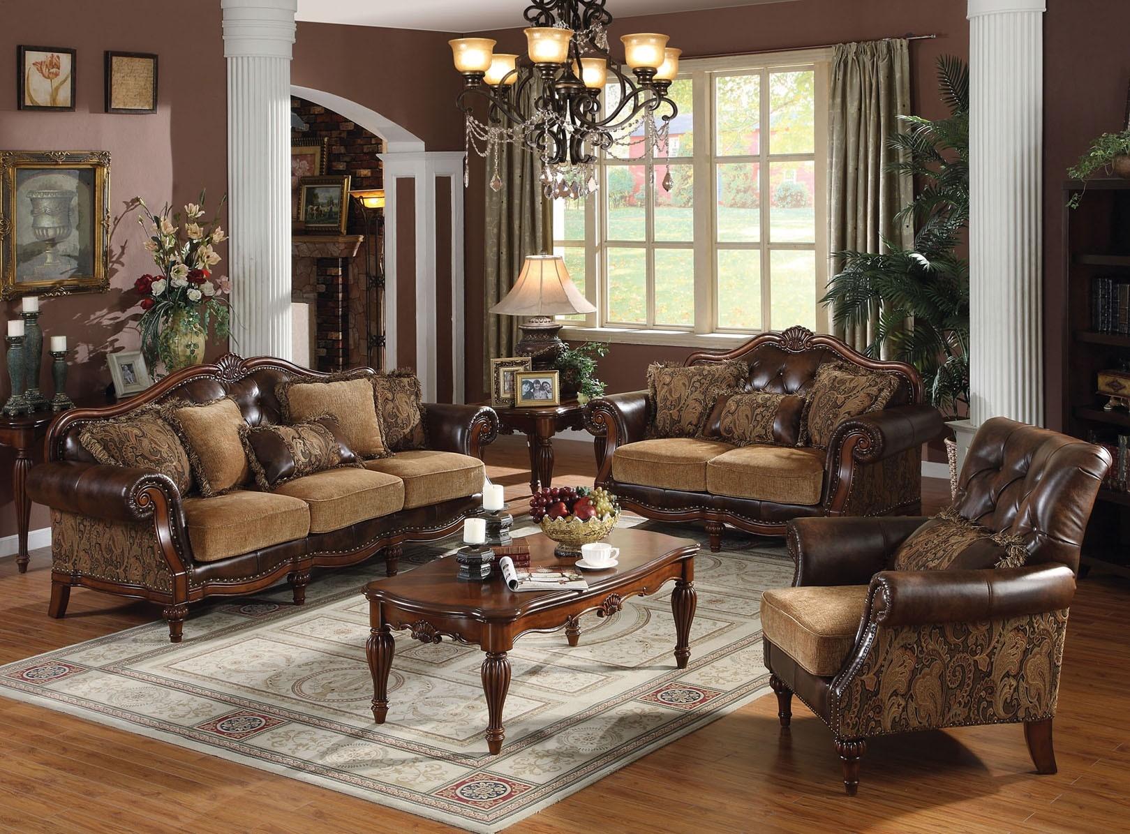Коричневая мебель в гостиную классического стиля