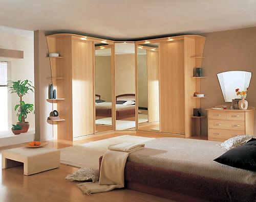 Корпусная встроенная мебель в спальню