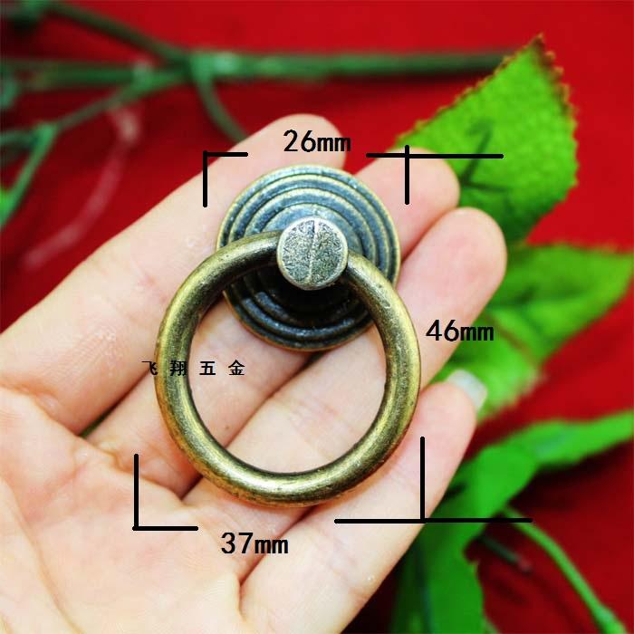 Красивые ручки кольца для мебели на кухне