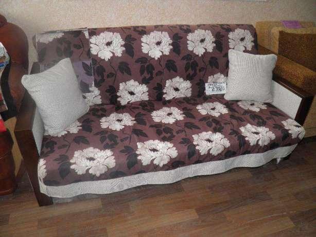 Мебель аккордеон в гостиной
