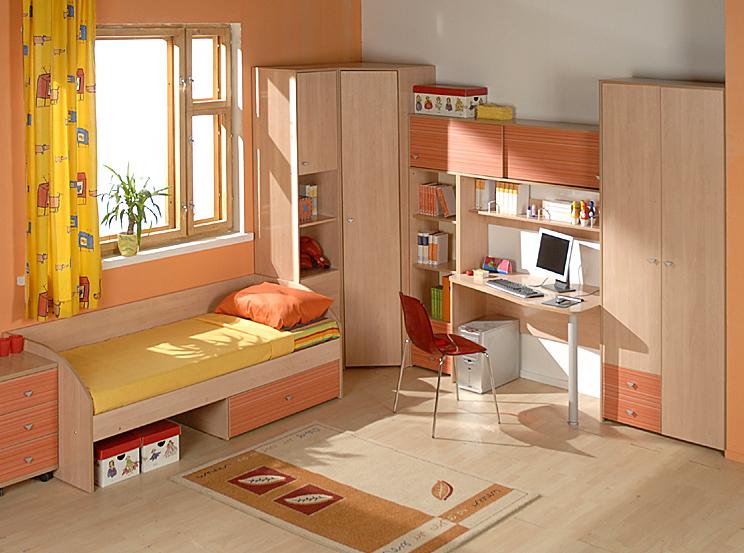 Мебель для обустройства детской просторной комнаты