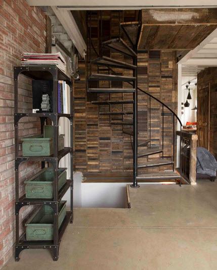 Металлические этажерки для гостиной